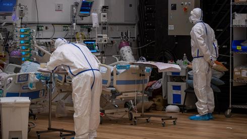 Результат вакцинации: в Израиле закрываются коронавирусные отделения